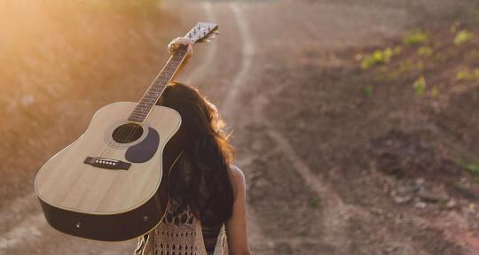 Songwriter-Singer - Mystery
