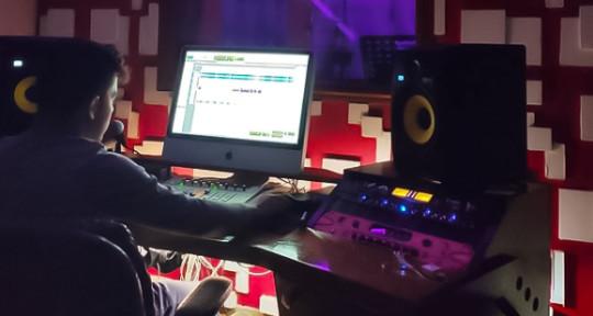 Songwriter, Producer, Composer - Paul Jordan