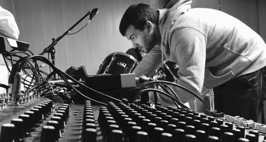 Mixing Engineer/Producer - vincr9