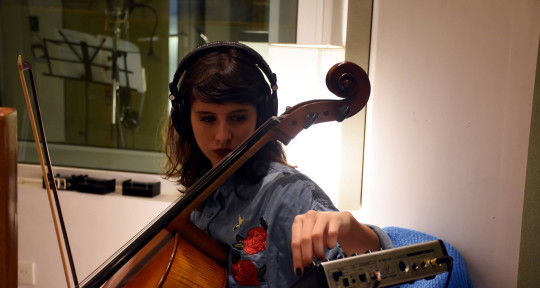 Session Cellist & Composer - Violeta García