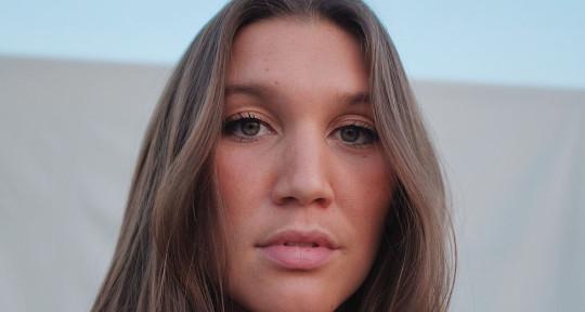 Session Vocalist - Top Liner - Megan Britt
