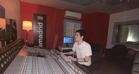 Producer, BeatMaker, Mixing - Alejandro Ocanto