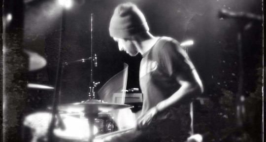 Song-centric drummer - Dup Crosson