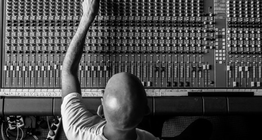 Producing/mixing pop&loud - MK Music Productions