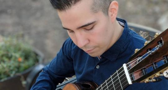 Classical Guitarist & Composer - Michael