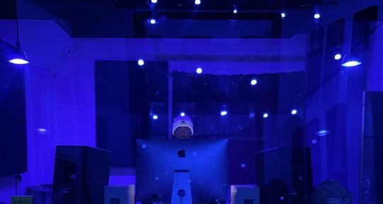 Beats, Mixing/Master, Vocals,  - MaleeqsMusic