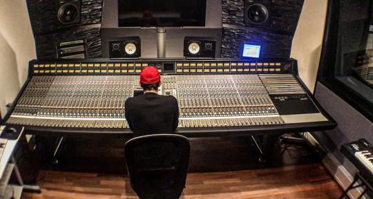 Mixing&Mastering Engineer - Benjamin Koehn