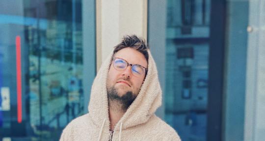 Producer, Beat Maker, Mixer - George Holliday