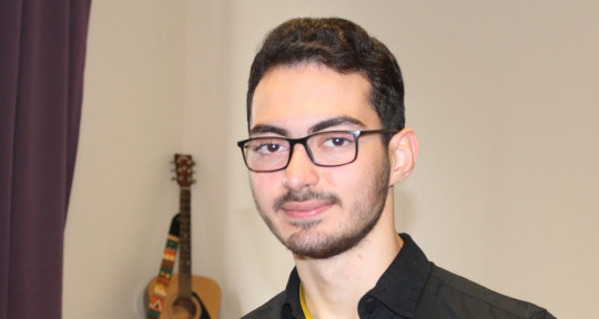 Session Pianist, Composer - Naim Keys