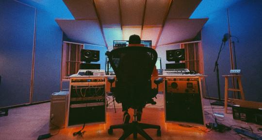 Mixing Engineer - Ines Lopez