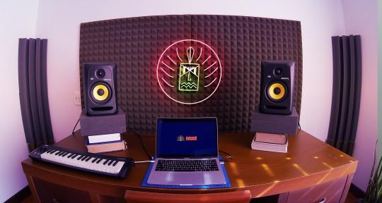 Latin music producer - Mauricio Sánchez Tenorio