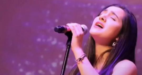 Singer/Voc.Arranger/Producer - Mariana Lom