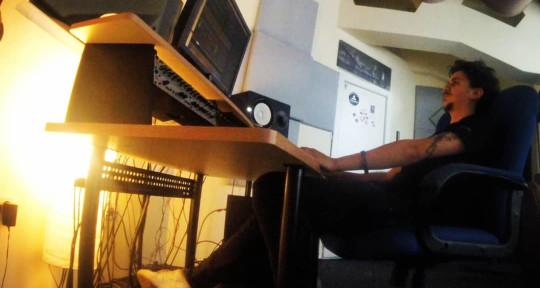 Audio Engineer - JohnnySound-K