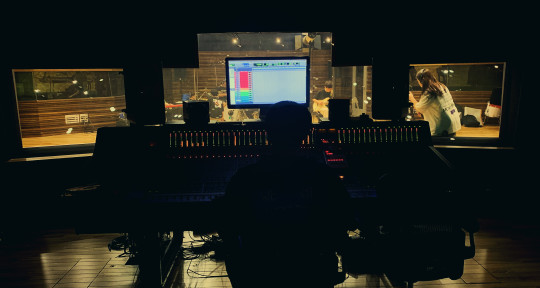 Mixing Engineer - B415 Studio