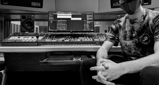 Mixing & Mastering Engineer  - Thomas Mason