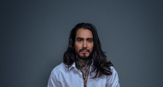 """I create hit songs  - Joel Moscoso """"Extranjero"""""""