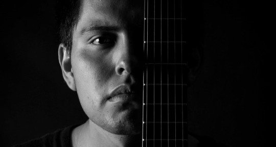 Session Guitarrist - Fernando Canul