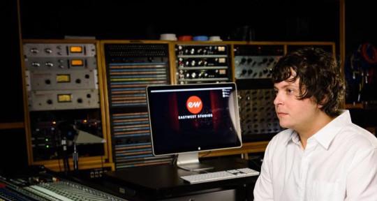 Mixer/Engineer - Chris Kahn