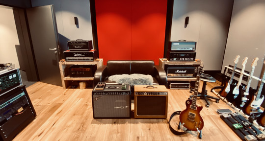 Guitarist, Producer, Mastering - Florian Opahle
