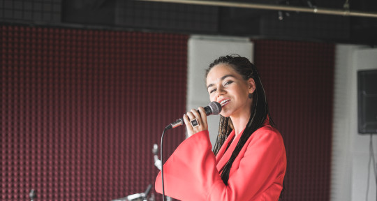Songwriter, topliner, producer - Katti Bah