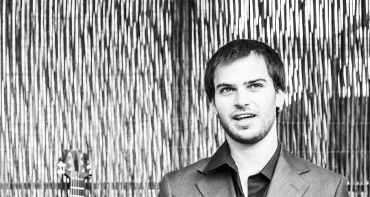 Creative Jazz Guitarist - Yoav Eshed