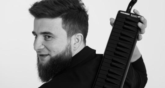 Accordion / Melodica performer - Misha Grossu