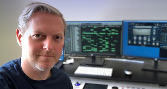 Music Producer / Pro Keyboards - Peter Holt aka Holtyboy