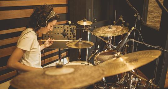 Session Drummer - Francesca