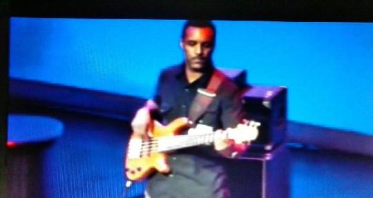 Session Bassist - Dominique Reid