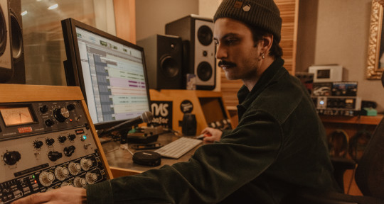 Mixing engineer, producer. - Den Bown