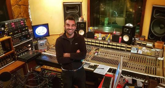 Recording and Mixing studios. - Monopattino Recording Studios