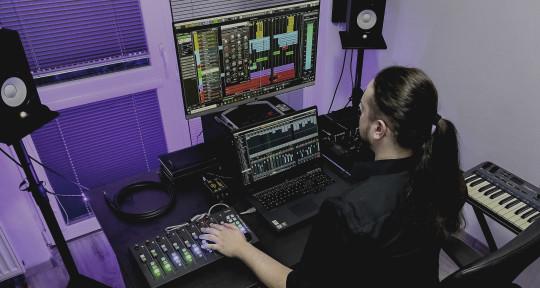 Mixing & Mastering Engineer - Matthew Bagar