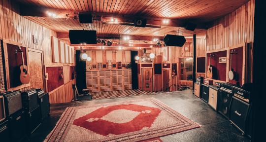 Recording studio - The Bridge Sound & Stage
