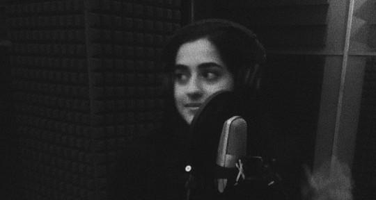 Female Audio Engineer/Singer - Francesca Collavini