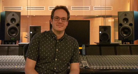 Mixer, Producer, Bass/Keys/Gtr - Matthew Manifould