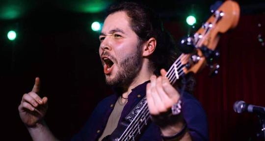 Professional Session Bassist - Lumai Francisco
