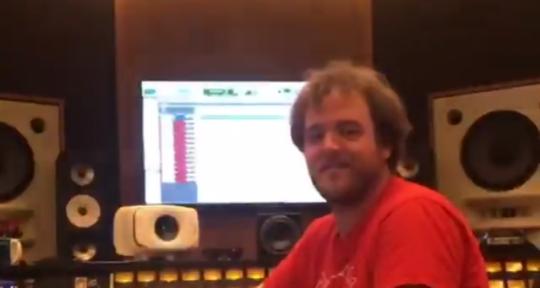 Multi-instrumentalist producer - Chris Floyd