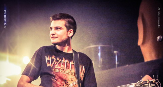 Session Guitarist - Giordano Ravaglia
