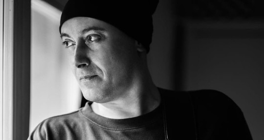 Rock Songwriter, Guitarist - Leo Antoniucci