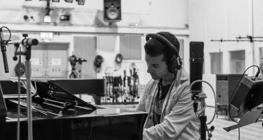 Piano/Organ/Synths/Keyboards - Jamie Safir