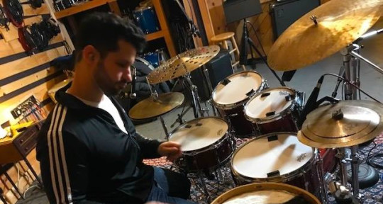Session Drummer/Percussionist - Ignacio Rivas Bixio