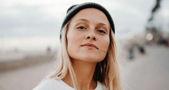 Songwriter +Singer +Top-Liner - Emily Brimlow