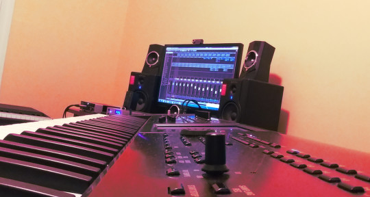 Producer/Keyboards/Piano - RIGZ Productions