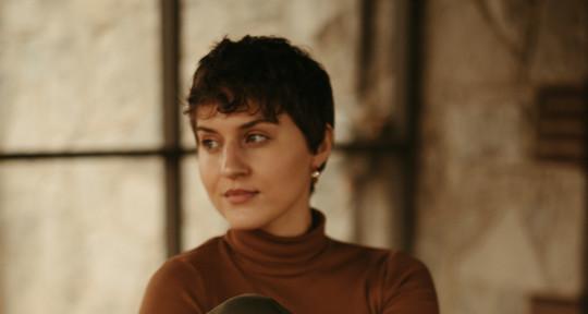 Session Vocalist - Julia Formica
