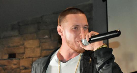 Songwriter, Recording Artist - Razor Edge