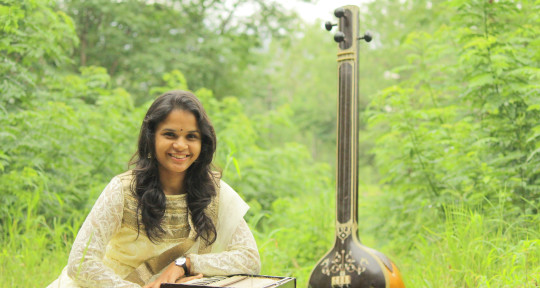 Profession Singer - Gayatree Gaikwad-Gulhane