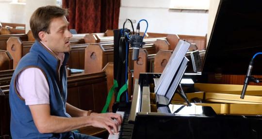 Solo Vocalist & Pianist - Nick Evans Vocals