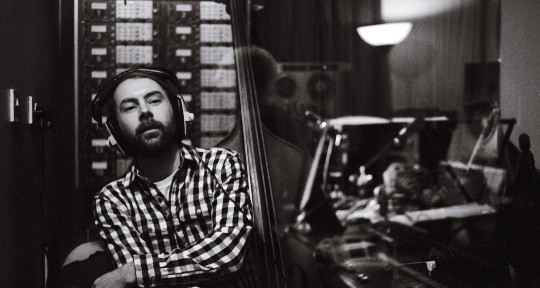 Bass/Upright, piano, strings  - Tommy Heap