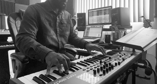 Piano | Keyboards | Production - Freddie Banks