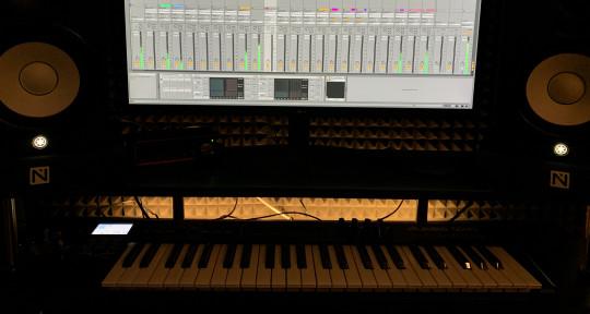 Music Producer / Songwriter - Balazs Endrodi